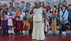 Alegria, criatividade e simplicidade coroam a Festa do Povo Paranaense