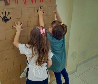 [CENTRO] O Infantil 4 pesquisa sobre as aranhas