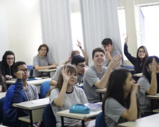 """[Centro] Projeto """"Foca na Carreira"""" - 2° Ano EM"""