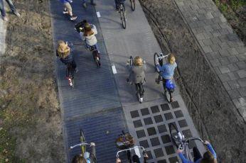 Holanda cria ciclovia que gera energia solar e resultados surpreendem