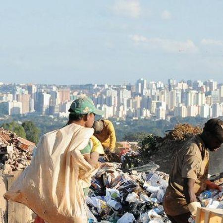Cidades produzem até 10 bilhões de toneladas de lixo por ano