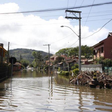 Pesquisador brasileiro desenvolve sistema que pode acabar com enchentes
