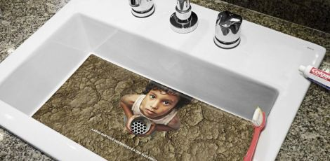 Campanha usa pias de hotéis para chamar atenção sobre desperdício de água