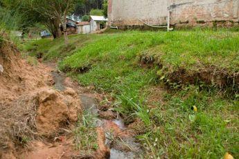 Em 173 cidades do Paraná, rede de esgoto atinge menos de 1% da população