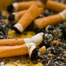 Campanha de conscientização sobre descarte correto de bitucas de cigarros cumpre lei do deputado Rasca (PV)