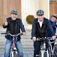 """Deputados participam do """"De Bike ao Trabalho"""" e vão de bicicleta para Assembleia Legislativa"""