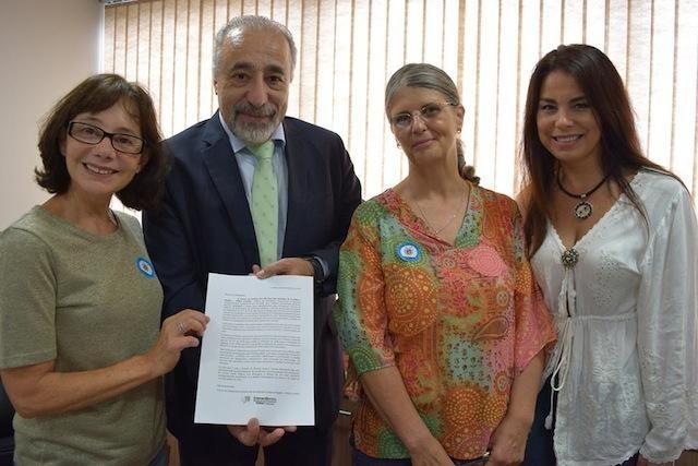 FDDA faz apelo a deputados pedindo a derrubada do veto ao PL que proíbe a extração de peles no PR