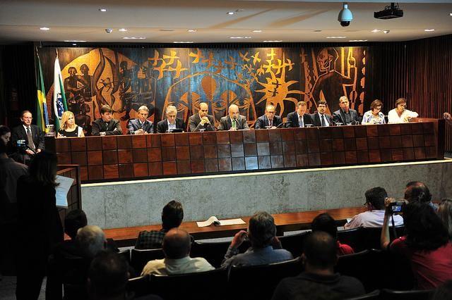 Debate sobre o impacto dos agrotóxicos em zonas urbanas gera polêmica na Assembleia Legislativa