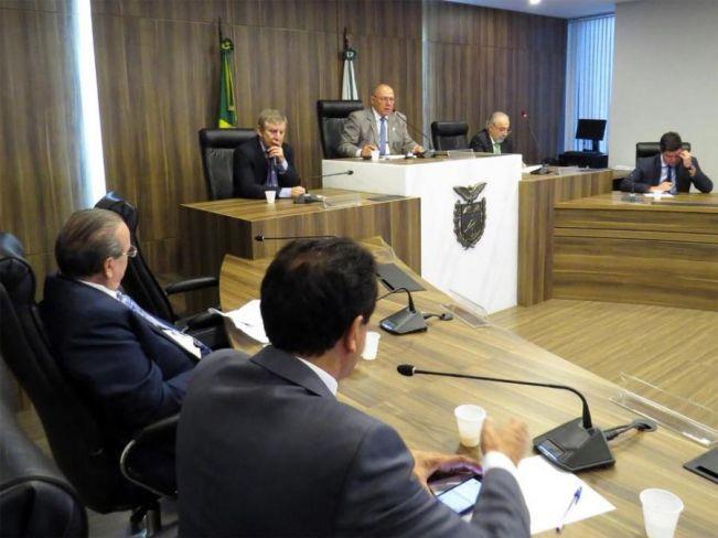 Deputados instalam Comissão Especial para acompanhar o bloqueio de importação de frango pela UE