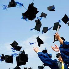 PL 217/2014 - Oferecer colação de grau é obrigação da instituição
